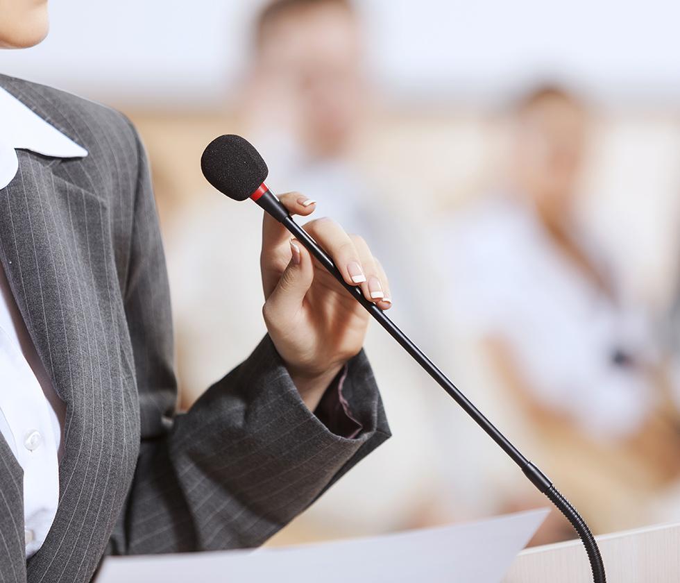 Suzie-Lighfoot-Executive-Coaching-Professional-Online