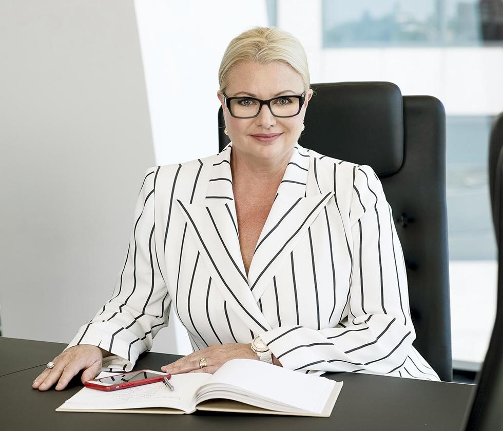 Suzie-Lighfoot-Executive-Coaching-Superstar-Professional