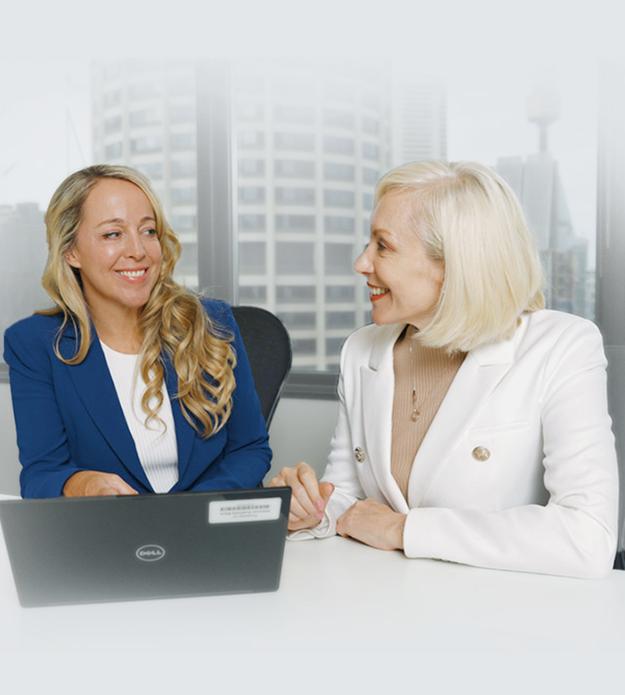 Suzie-Lighfoot-Female-Empowerment-Coaching