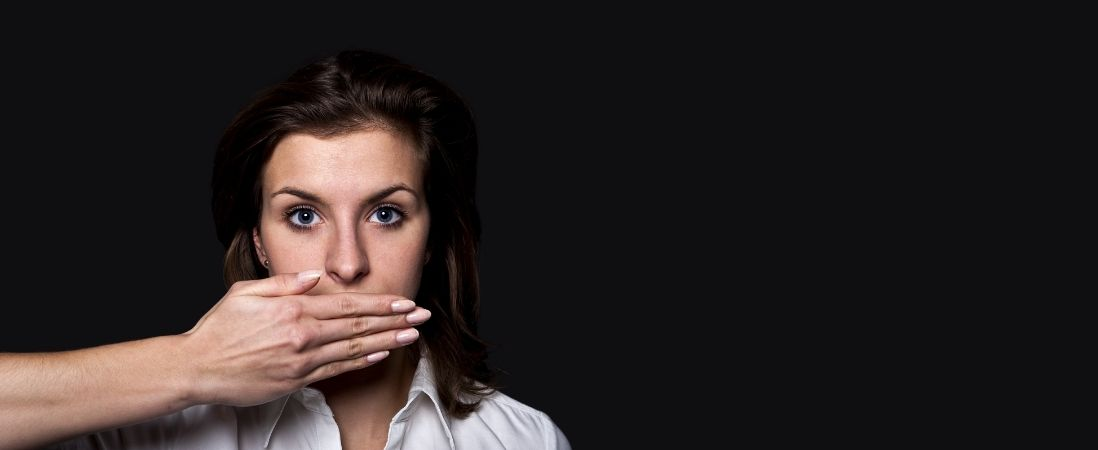 How Over-Apologising Affects Your Personal Brand